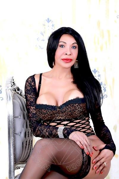 Taina Oliveira  PRATO 3285382487